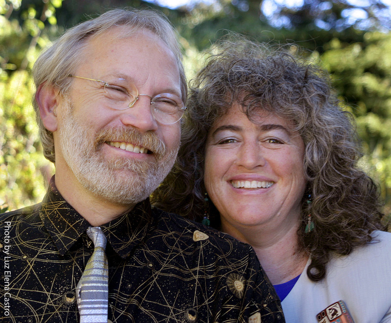 Portrait of smiling Rob Badger and Nita Winter, professional photographers, by Luz Elena Castro, couple